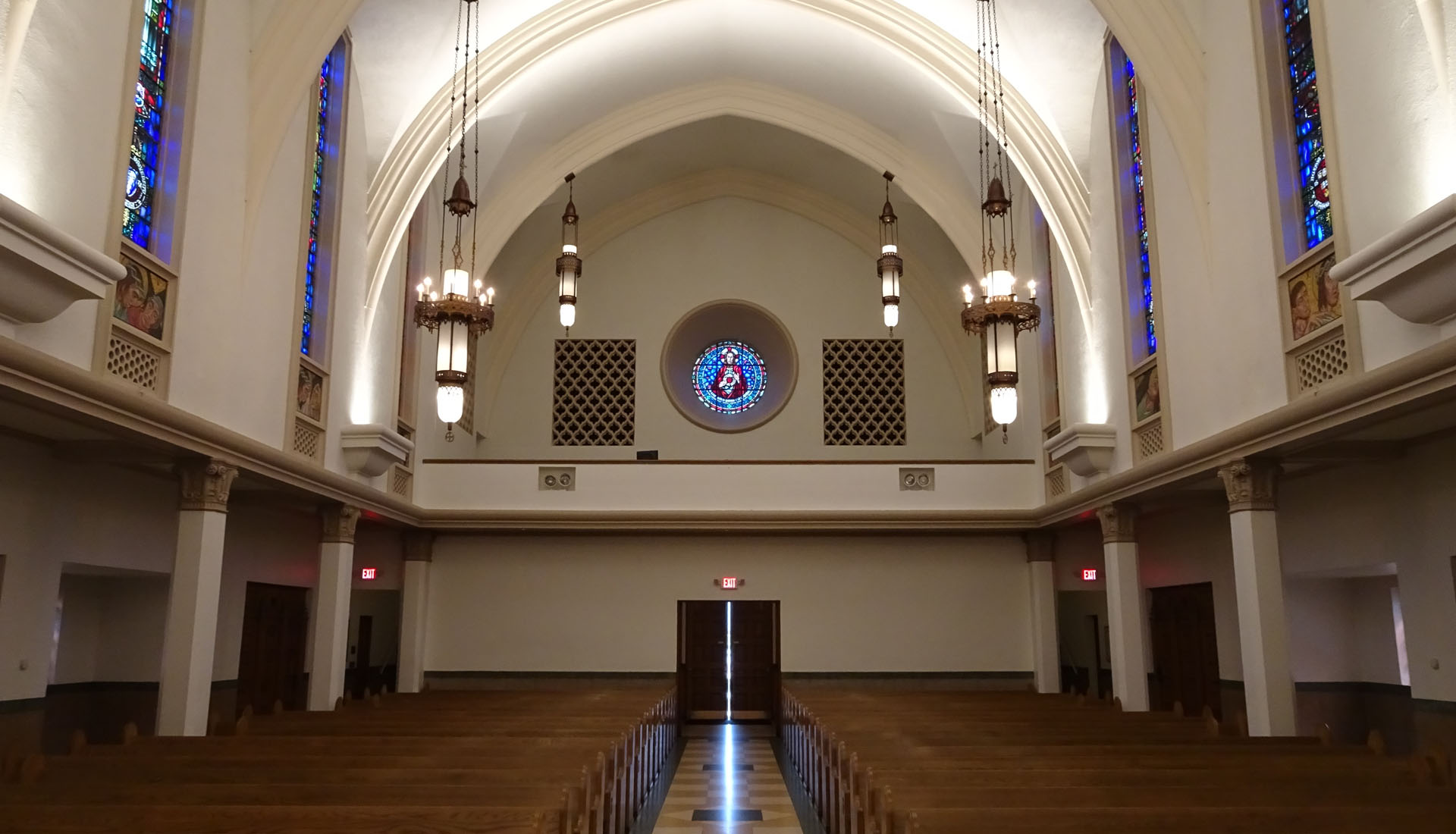 Chapel of the Sacred Heart_03