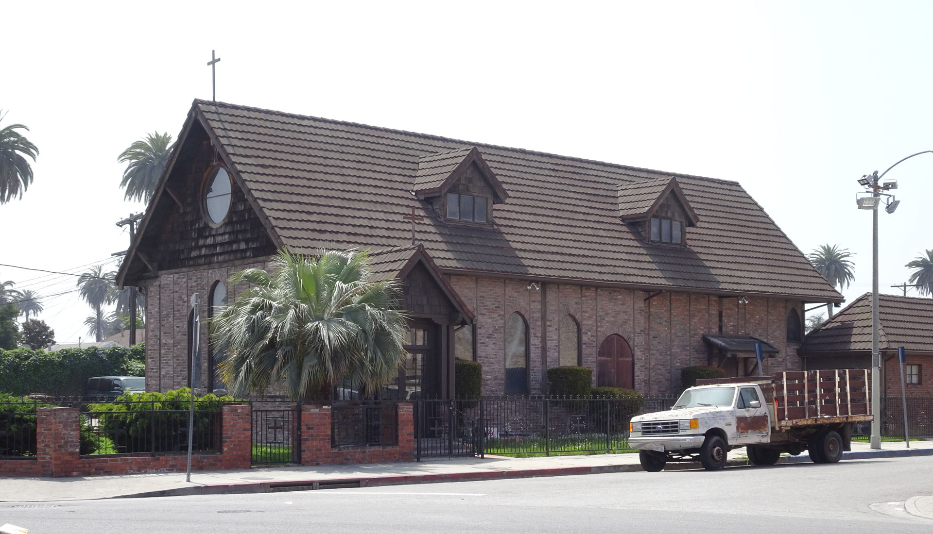 Episcopal Anglican Church of the Advent_02