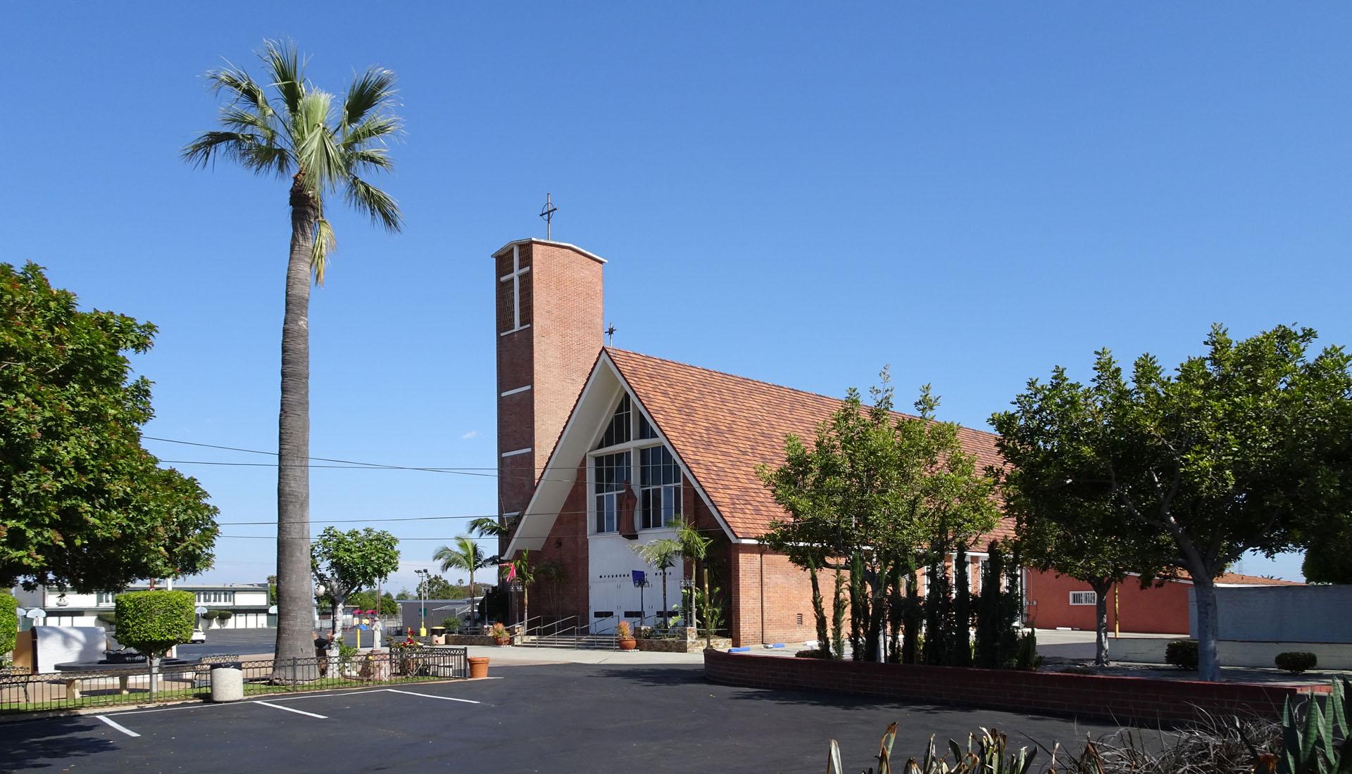 Saint Albert the Great Catholic Church_02